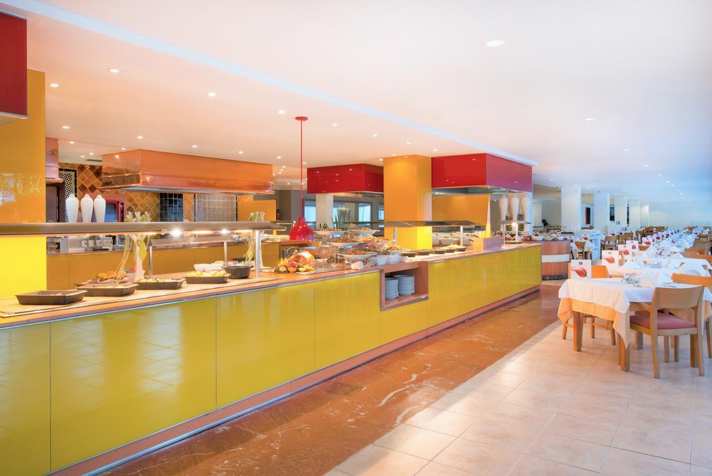 главный ресторан отеля Iberostar Albufera Park