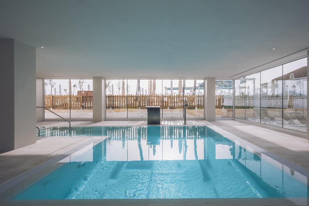 крытый бассейн отеля Iberostar Alcudia Park
