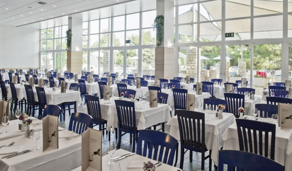 ресторан отеля Bluesun Hotel Borak