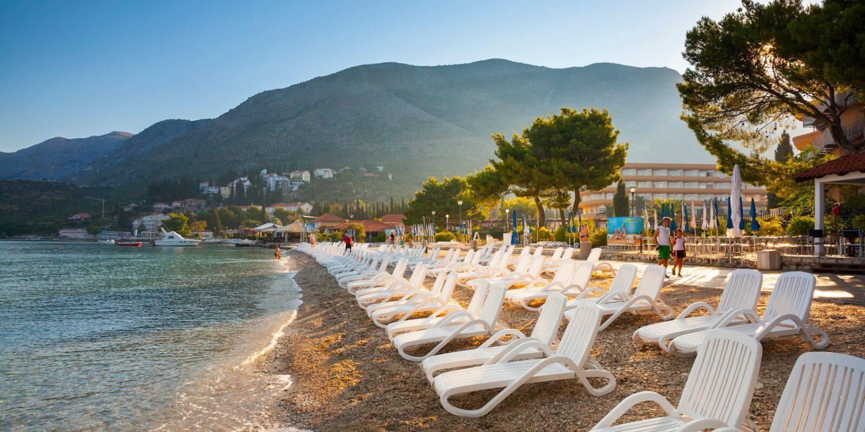 пляж отеля Remisens Hotel Albatros