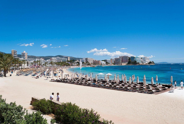 пляж отеля Melia Calvia Beach