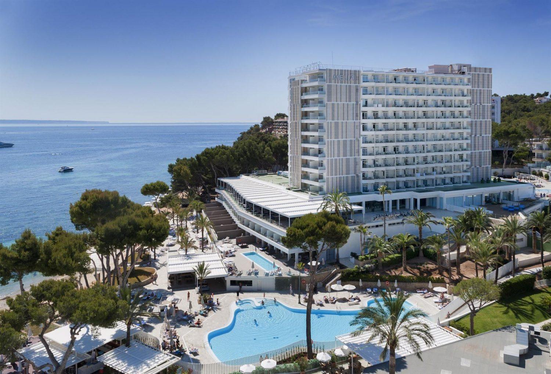 общий вид отеля Melia Calvia Beach