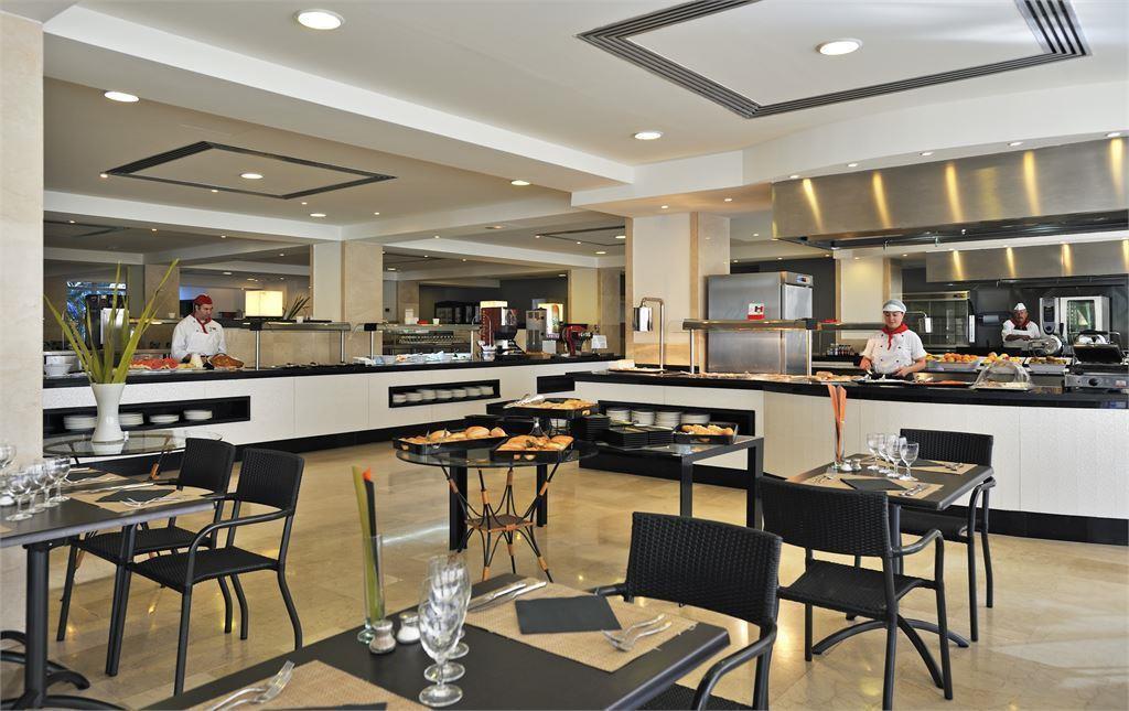 ресторан отеля Sol Barbados