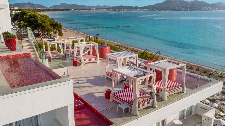 терраса для отдыха на крыше отеля Iberostar Alcudia Park