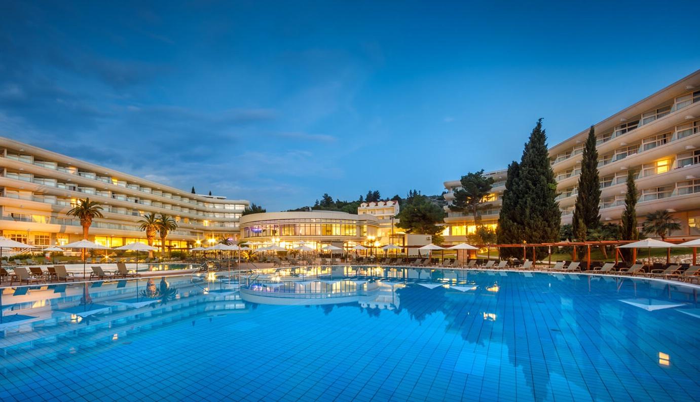 общий вид отеля Remisens Hotel Albatros