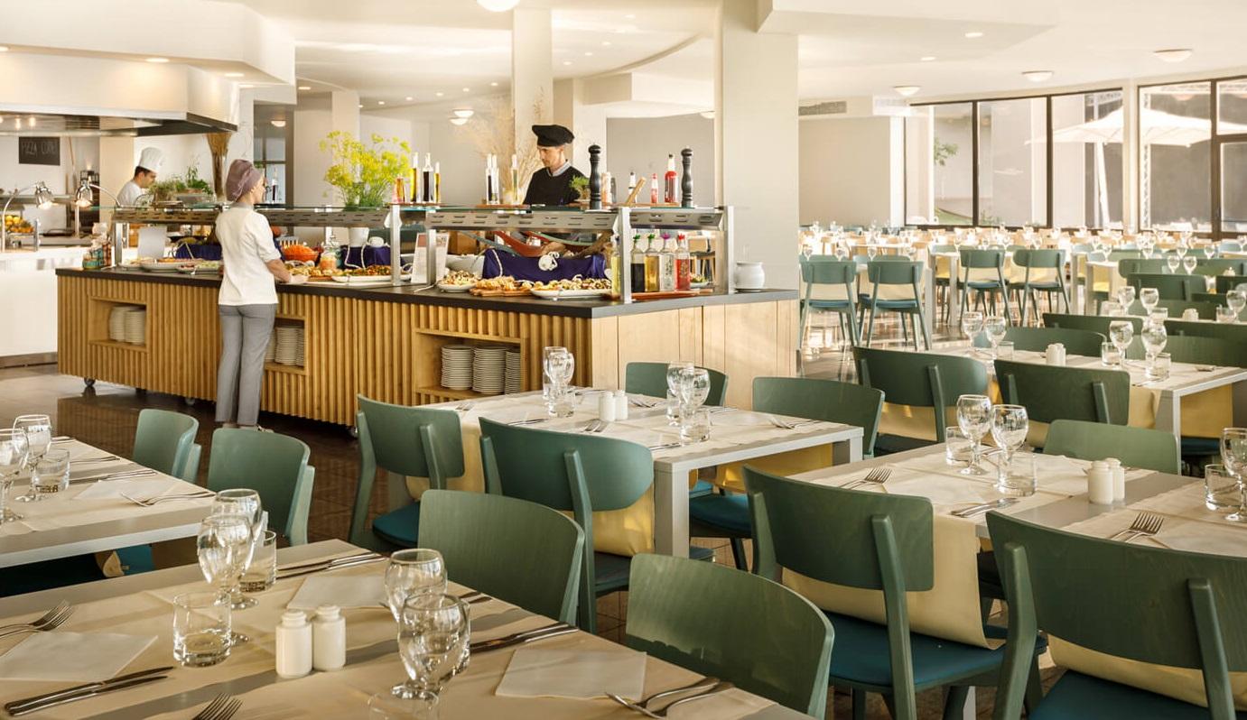 главный ресторан отеля Remisens Hotel Albatros