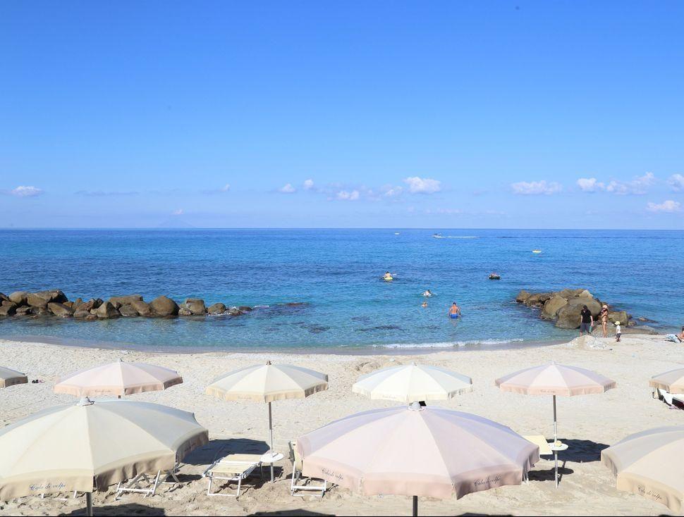 пляж отеля Villaggio Cala di Volpe