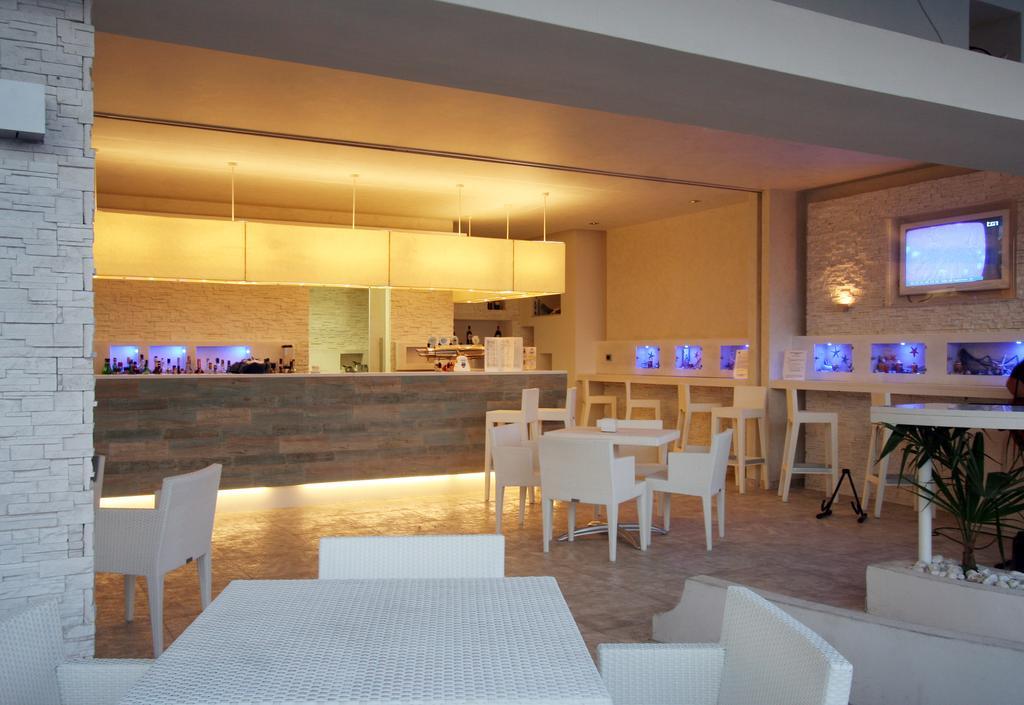 бар отеля Scoglio Della Galea