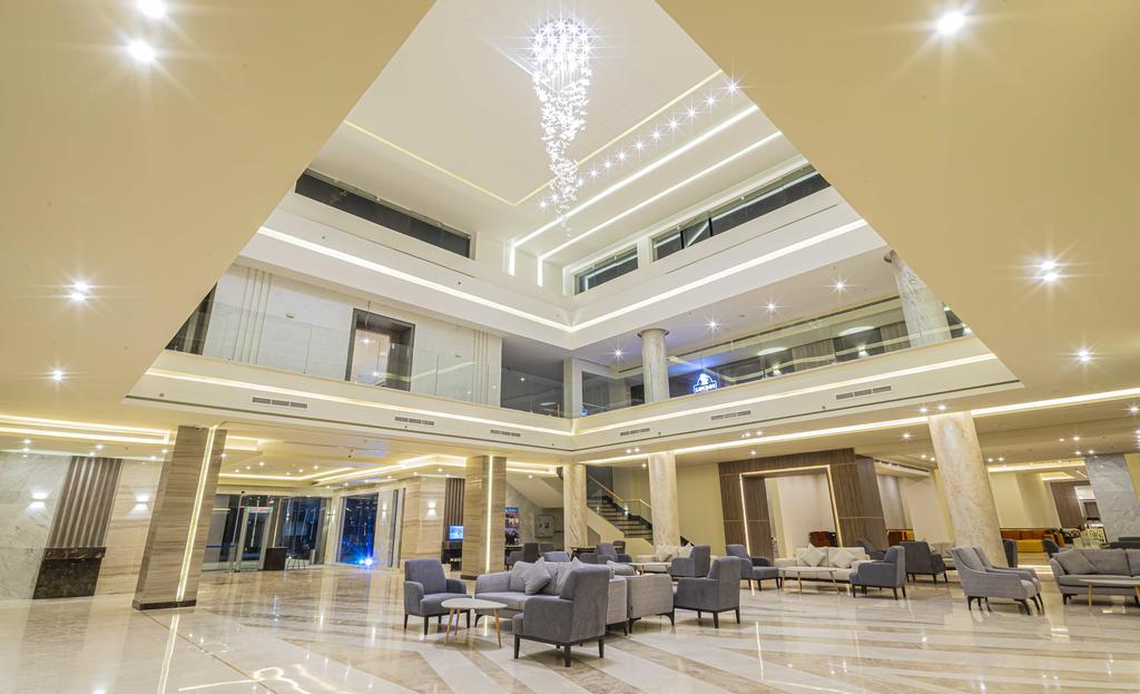 лобби отеля Amarina Abu Soma Resort & Aquapark