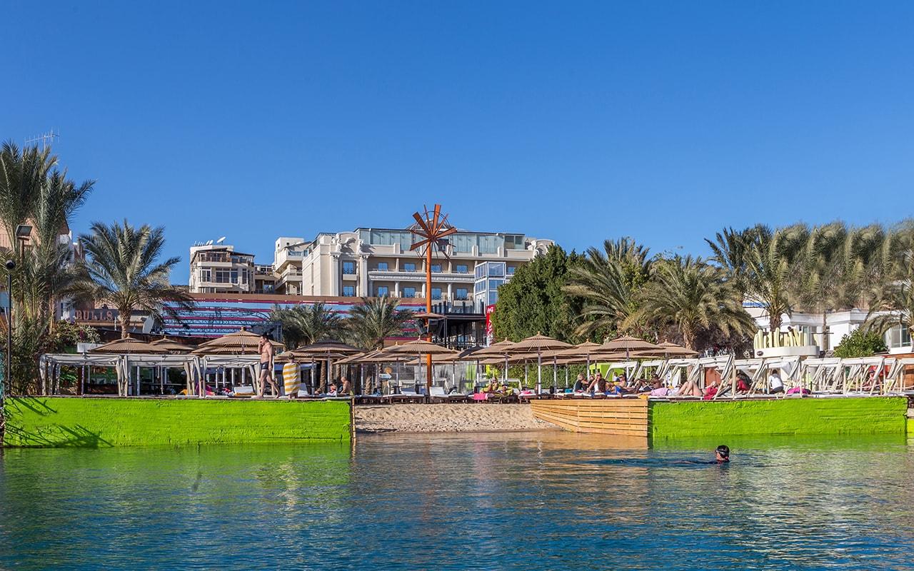 пляж отеля Elysees Hotel Hurghada