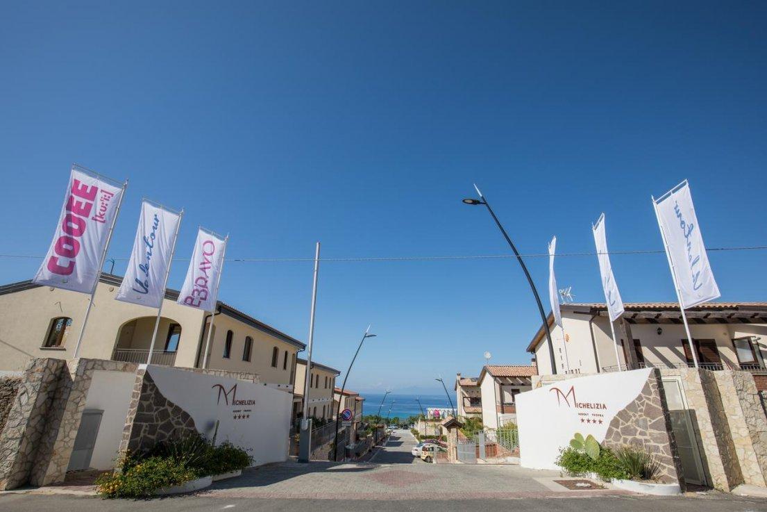 отель Cooee Michelizia Tropea Resort