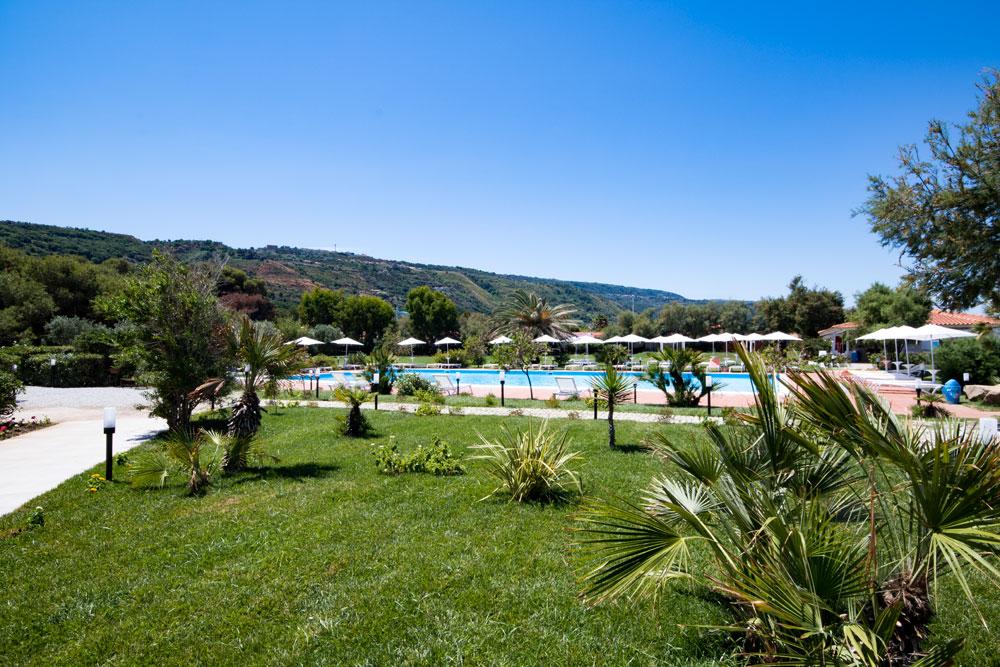 территория отеля BV Kalafiorita Resort