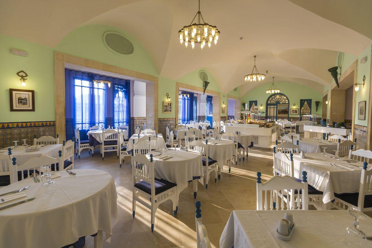 ресторан отеля Medina Diar Lemdina